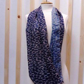 foulard a carreaux motif leopard