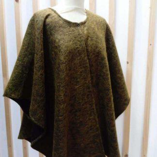 cape poncho en laine verte