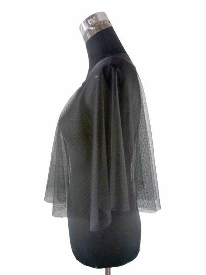 poncho mousseline de crêpe noir, accessoire pour cérémonie, a l'atelier de la couture