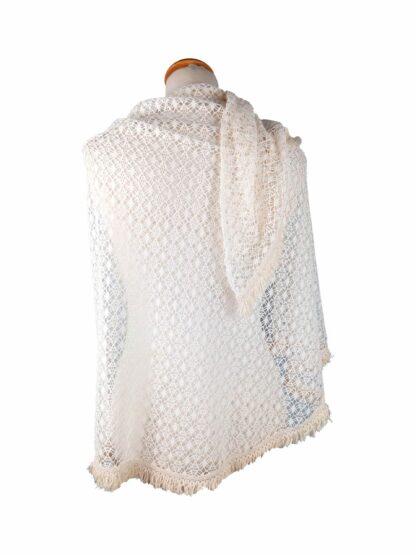 étole en crochet ivoire avec frange pour mariage
