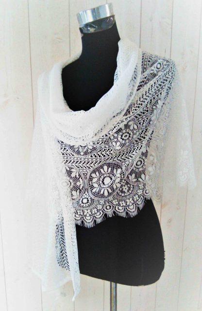 châle blanc, étole blanche a l'atelier de la couture