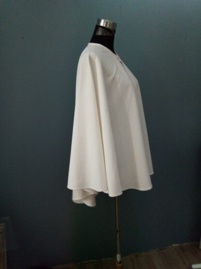 cape longue bohême, grande cape mariage hiver, cape mariage hiver