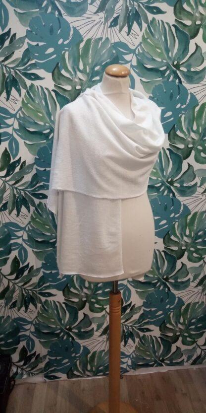 Etole , châle de mariée blanc soie brillant